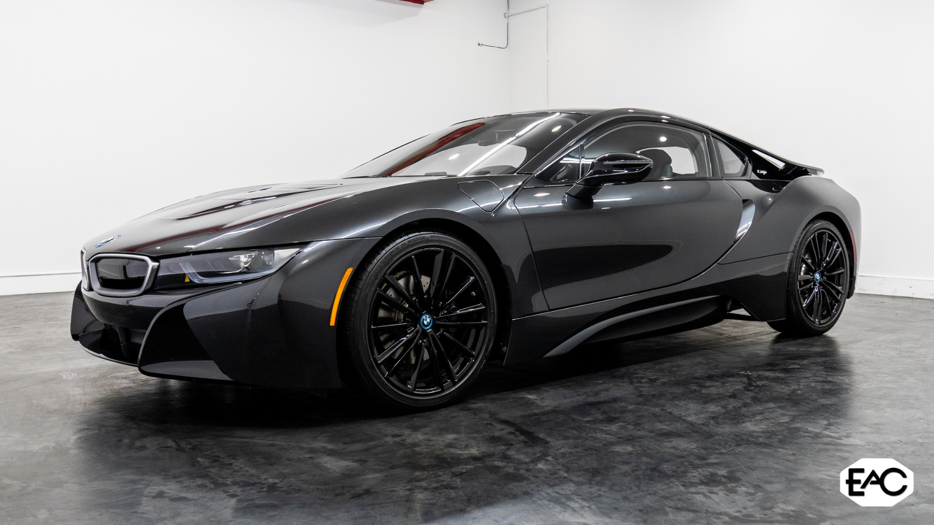 Used 2019 BMW i8 for sale $119,990 at Empire Auto Collection in Warren MI 48091 1