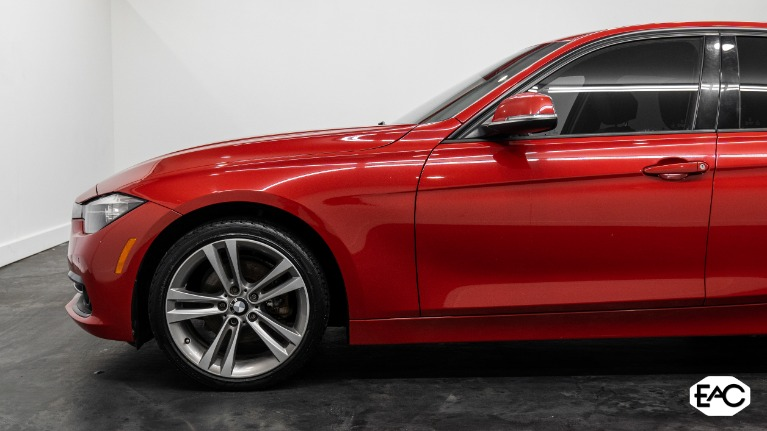 Used 2016 BMW 3 Series 320i xDrive for sale $17,990 at Empire Auto Collection in Warren MI 48091 2