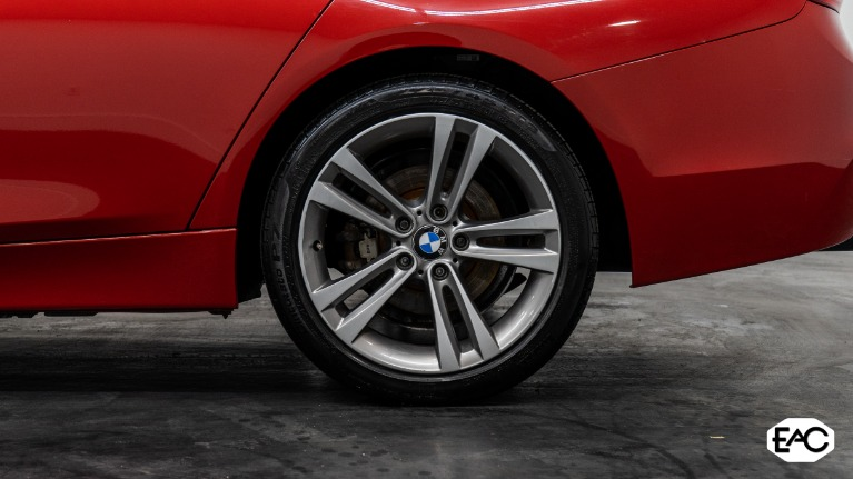 Used 2016 BMW 3 Series 320i xDrive for sale $17,990 at Empire Auto Collection in Warren MI 48091 4