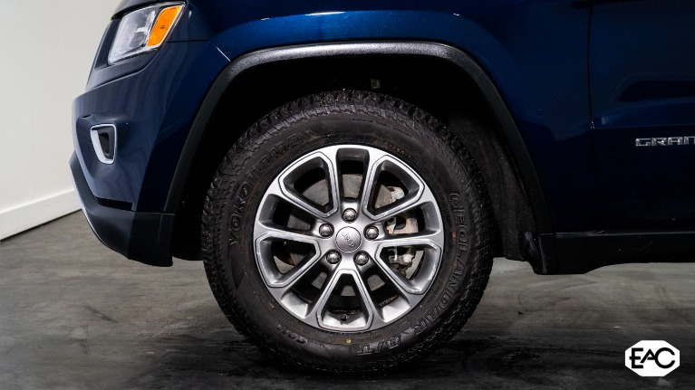 Used 2014 Jeep Grand Cherokee Limited for sale Sold at Empire Auto Collection in Warren MI 48091 3